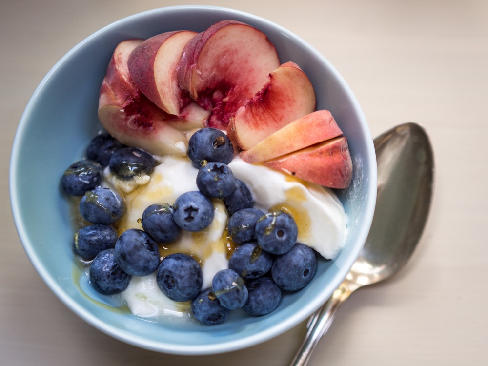 Blueberries & yoghurt-8200020