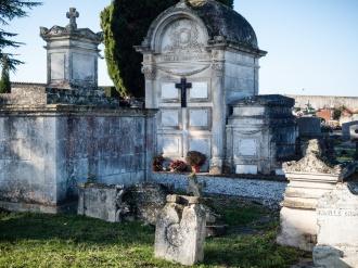 Graveyard, Bourg-Charentes