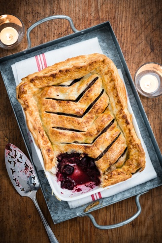 Cherry and chocolate jalousie