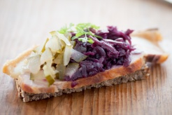 Roast pork with red cabbage-0024